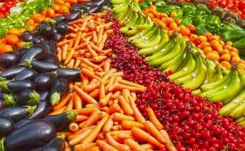greengrocers 1468809 1280 348x215 - Le proprietà nutritive dei centrifugati di frutta e verdura